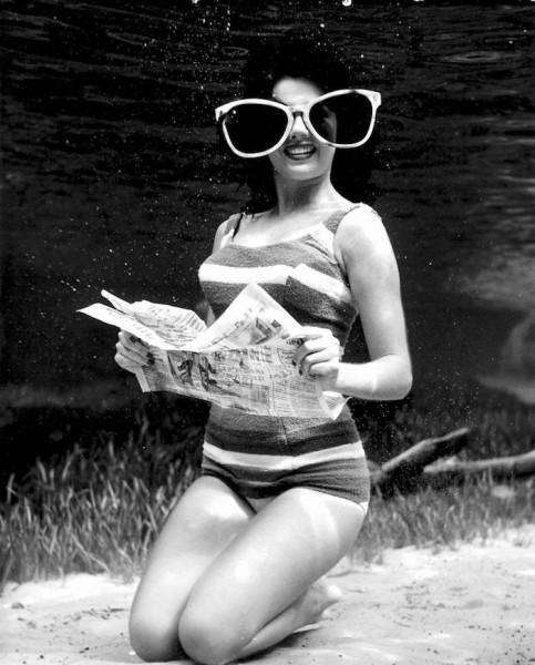 underwater-pinups-photography-1938-bruce-mozert-2-58930ec4e9