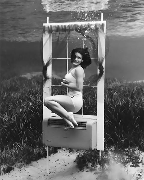 underwater-pinups-photography-1938-bruce-mozert-20-58932aed0