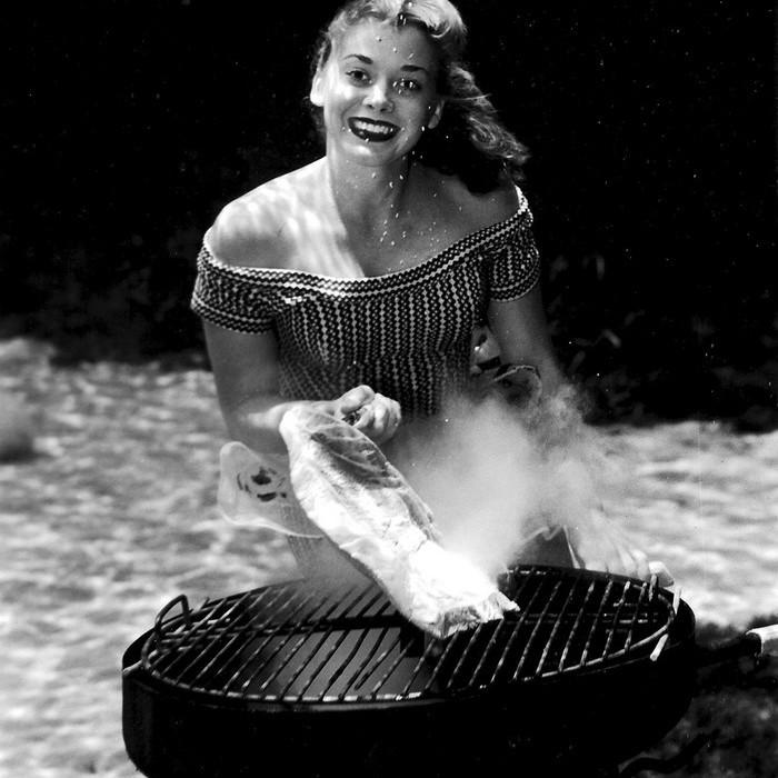 underwater-pinups-photography-1938-bruce-mozert-6-58930ed43b