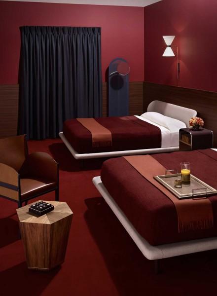 wallpaper-motel-space-story-02