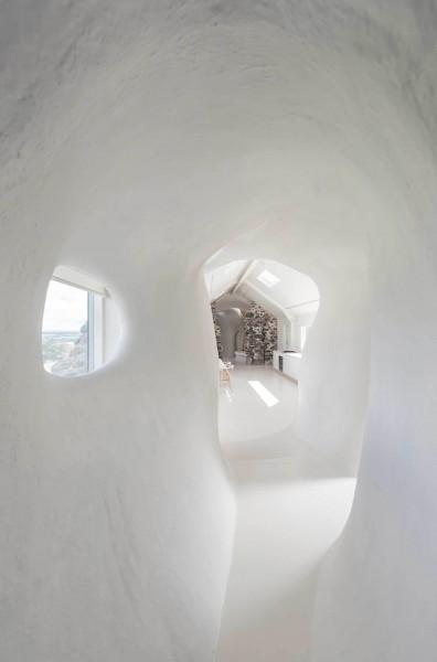 18th-century-ruins-transform-into-a-futuristic-home-13