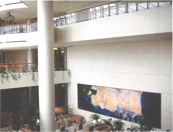Installation view of Zao Wou-Ki's triptych Juin-Octobre 1985 at Raffles City, Singpore © Fondation Zao Wou-Ki