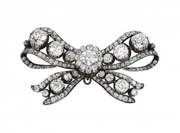 Diamond brooch, 18th century - Royal Jewels from the Bourbon Parma Family - Sotheby's Geneva 14 Nov 2018