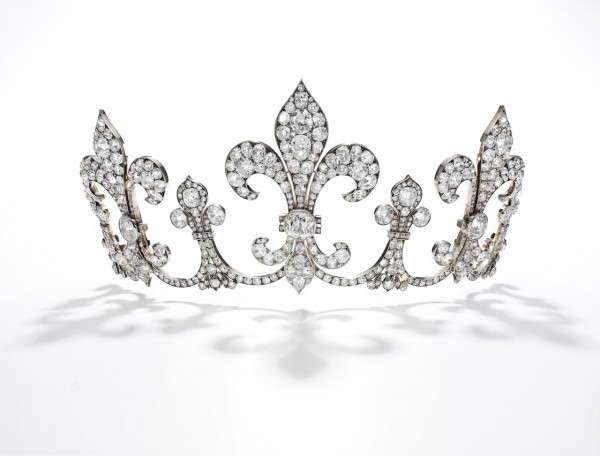 Diamond tiara, H++bner, circa 1912 - Royal Jewels from the Bourbon Parma Family - Sotheby's Geneva 14 Nov 2018