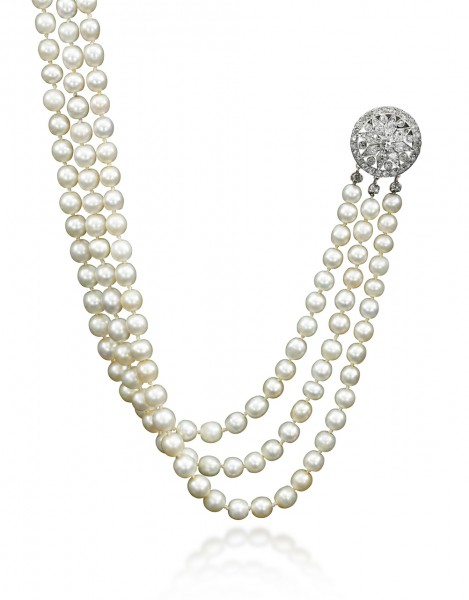Important natural pearl and diamond necklace - Royal Jewels from the Bourbon Parma Family - Sotheby's 14 November 2018