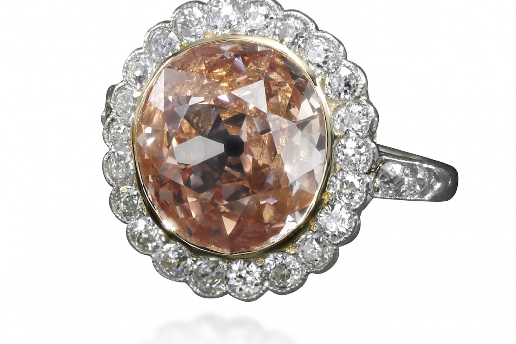 Impressive fancy orangy pink diamond ring - Royal Jewels from the Bourbon Parma Family - Sotheby's 14 November 2018