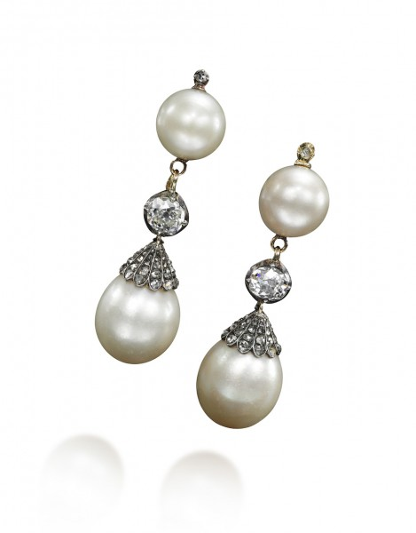 Pair of natural pearl and diamond pendant earrings, late 18th century - Sotheby's Geneva 14 Nov 2018
