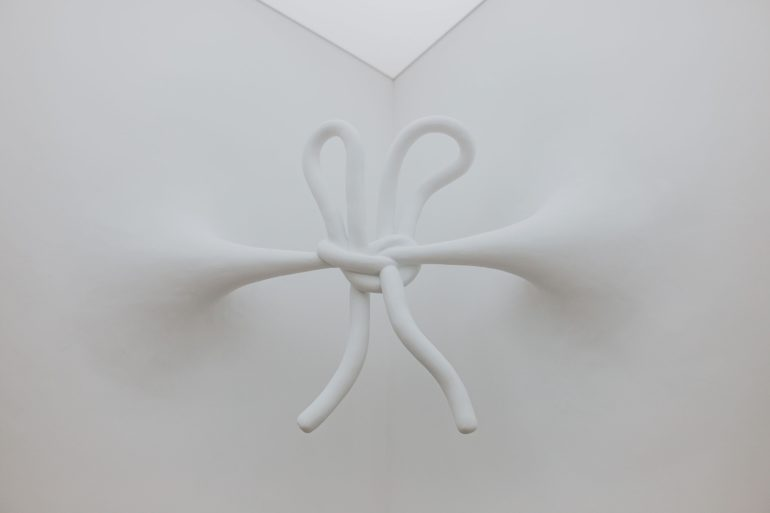 daniel-arsham-connecting-time-exhibition-moco-museum-amsterdam-9-770x513