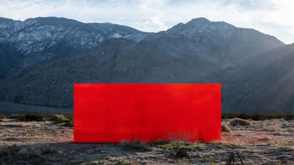 desert-x-art-festival-new-installations-palm-springs-4-770x433