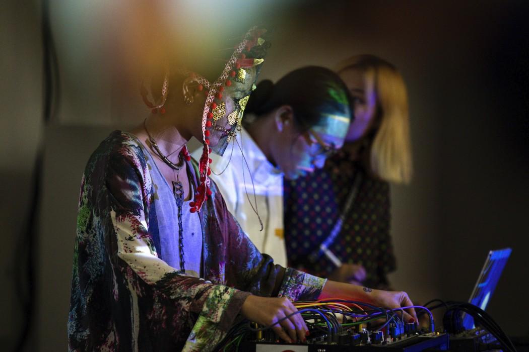 ⾳乐影像艺术家Miiia,在现场以音乐致敬CASTELBAJAC