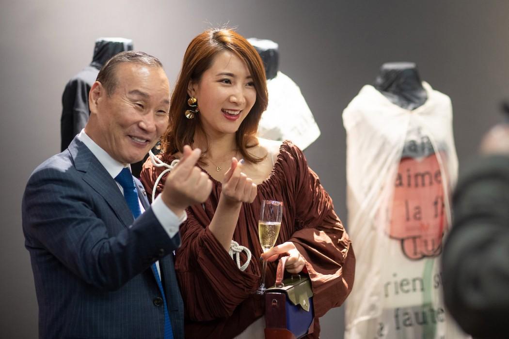 韩国荧址集团创始人崔炳五会长与生活艺术家蕾拉小姐